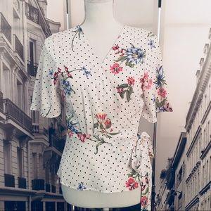 🆕 Midnight Sky polka dot & floral wrap blouse 💐